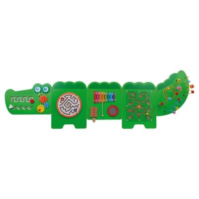 Crocodile Wall Game